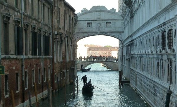 VENICE TUGS AT THE HEARTSTRINGS!