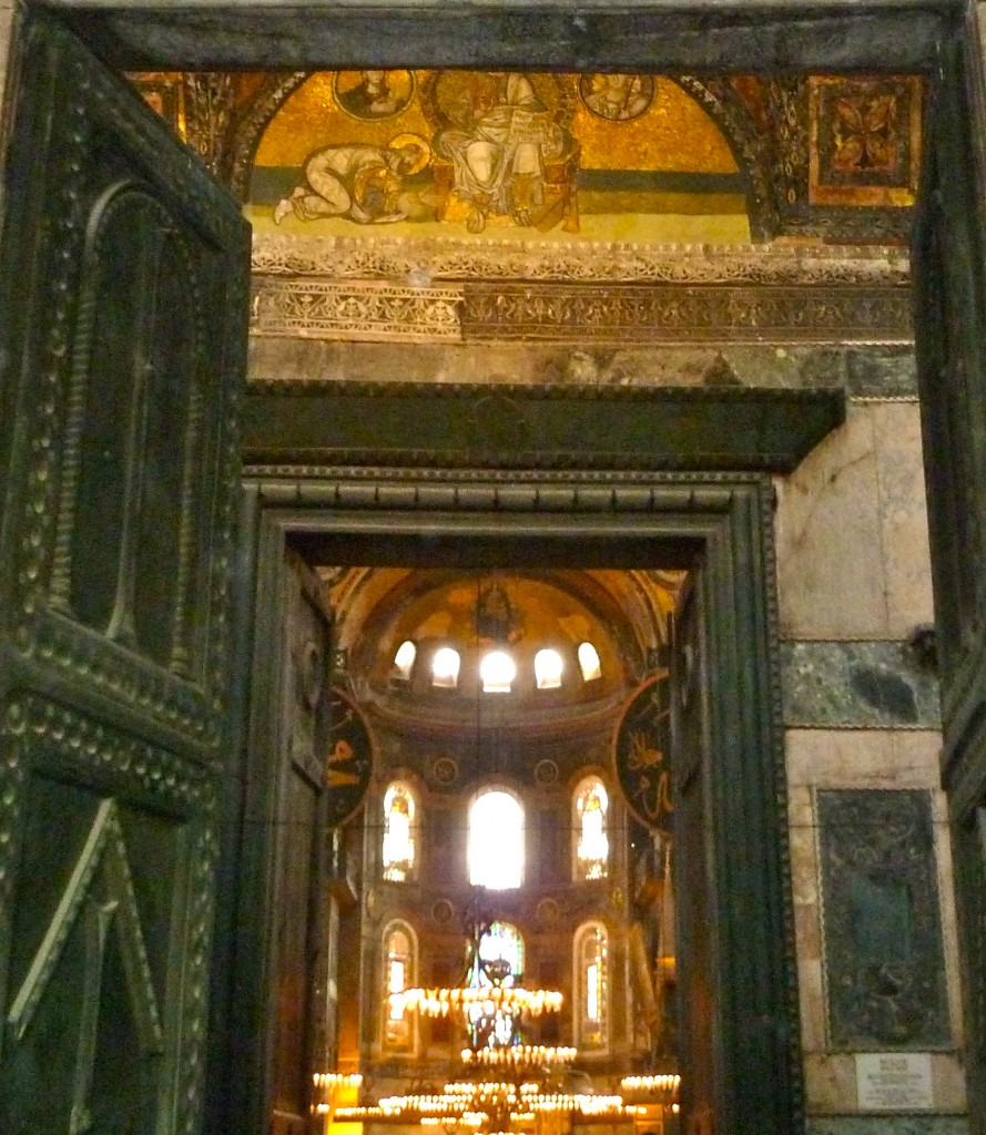 P1070163 889x1024 My thoughts on Istanbul, Turkey and the Hagia (Aya) Sophia