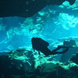 scuba divier in the Riviera Maya cenote