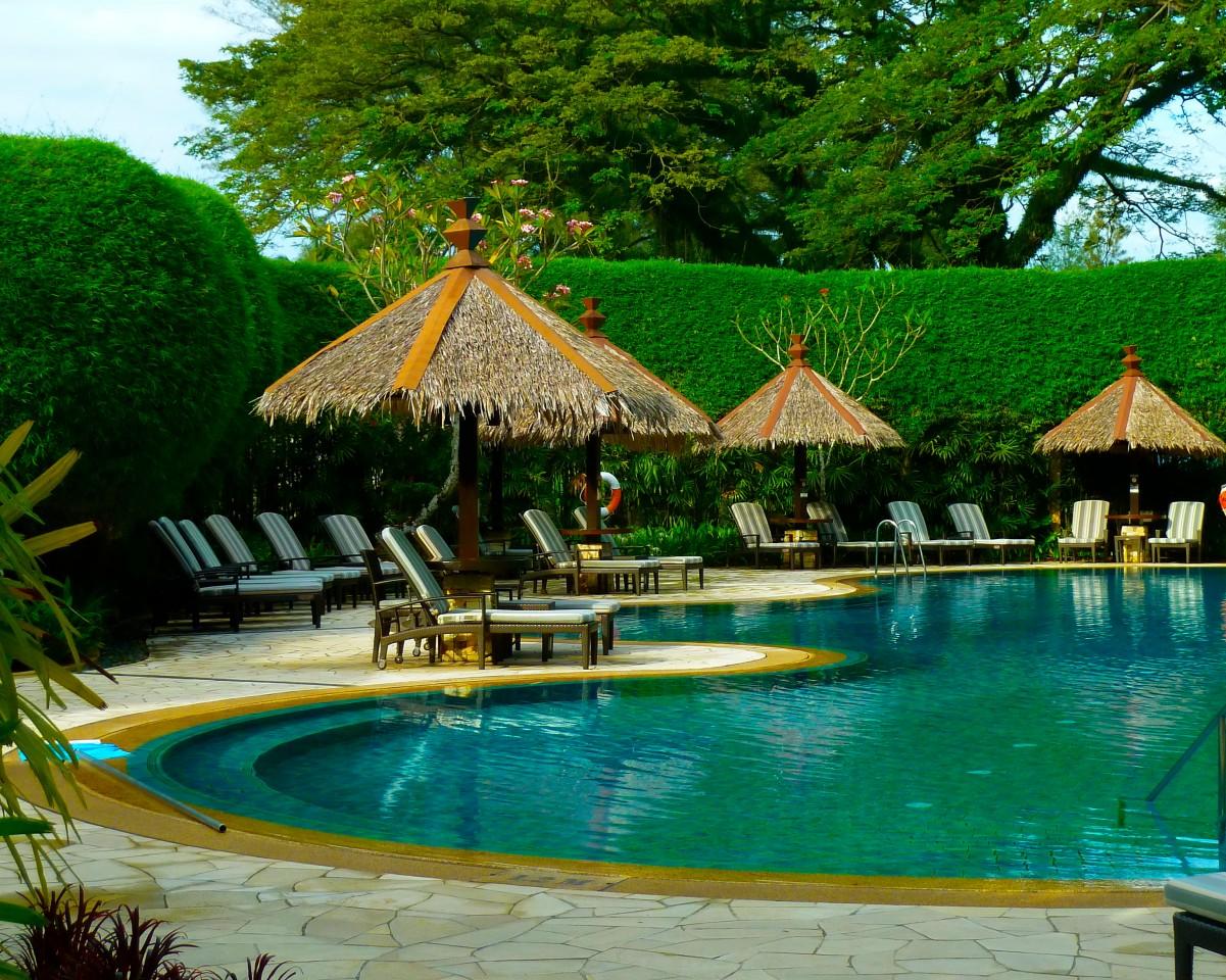the golden age of shangri la 39 s rasa sayang resort. Black Bedroom Furniture Sets. Home Design Ideas