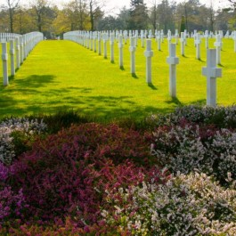 American Cemetery of Saint-Laurent, Tours of Normandy Beach, Normandy Tours from Paris