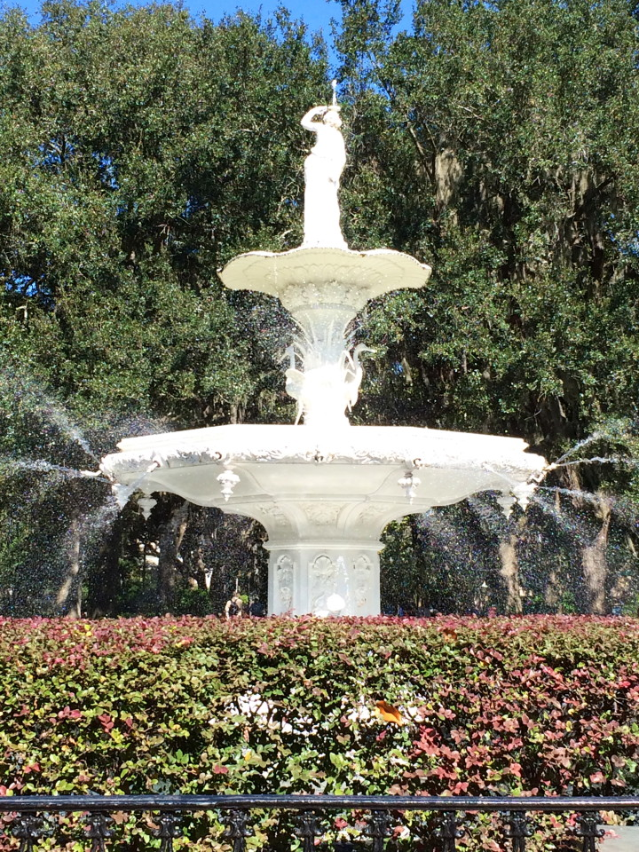Savannah, Georgia Fountain: Things to do in Savannah GA