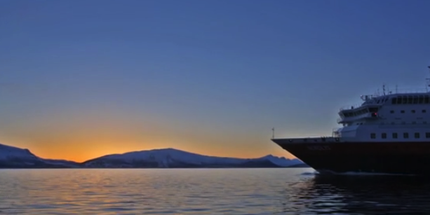Hurtigruten Ship with Northern Lights in Norway http://ooh.li/1047f24