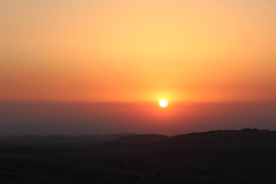 vListening to Silence - Jordan by Night