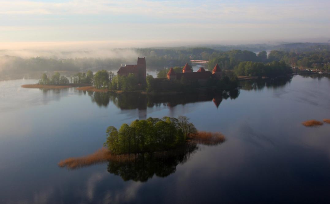 Trakai Island Castle, baloon flights, vilnius trakai