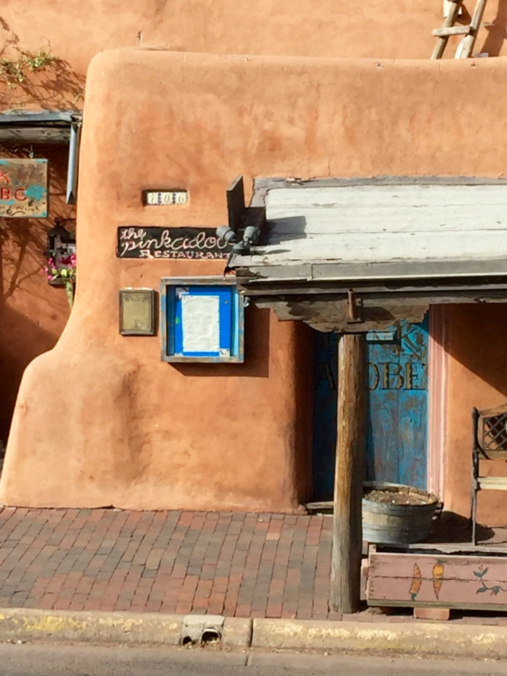 Santa Fe Plaza, Things to do in Santa Fe, Santa Fe Art, adobe