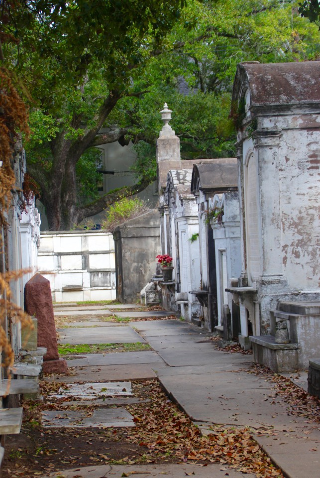 New Orleans Cemetery, New Orlean, New Orleans Garden District, Garden District New Orleans