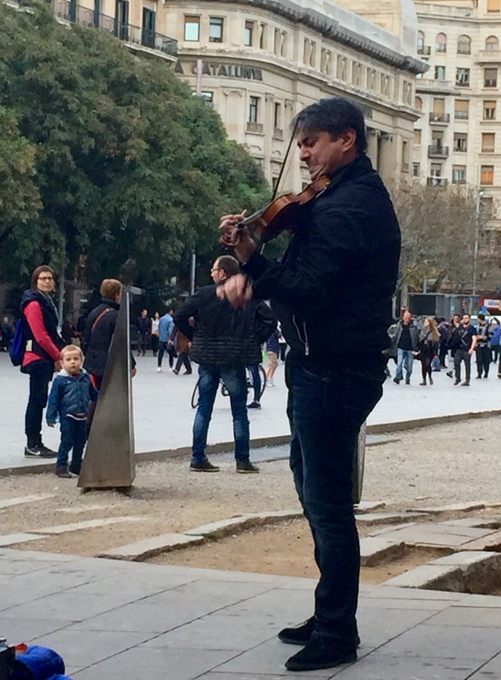 Where to go in Barcelona, Gothic Quarter, Barcelona Spain, Street Violinist