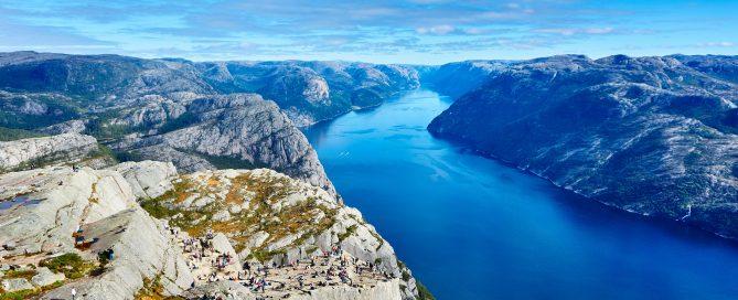 Preikestolen hike, Stavanger to Pulpit Rock, Preikestolen weather,