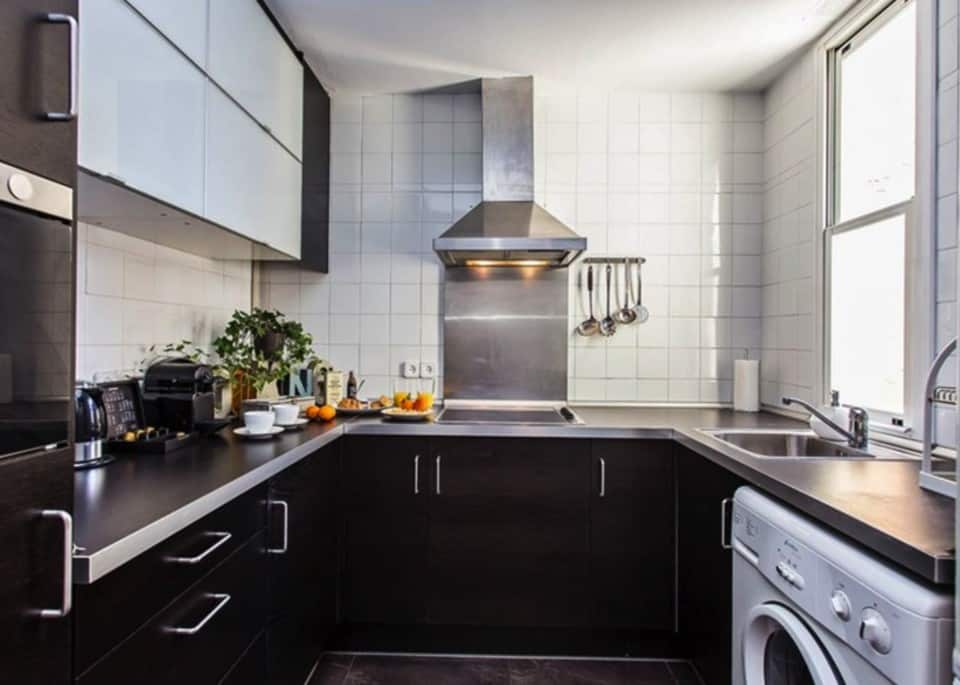 Searching for a Barcelona Apartment Rental? I have the place for you: Sweet Inn Barcelona, which is like an apartment, but with hotel services!