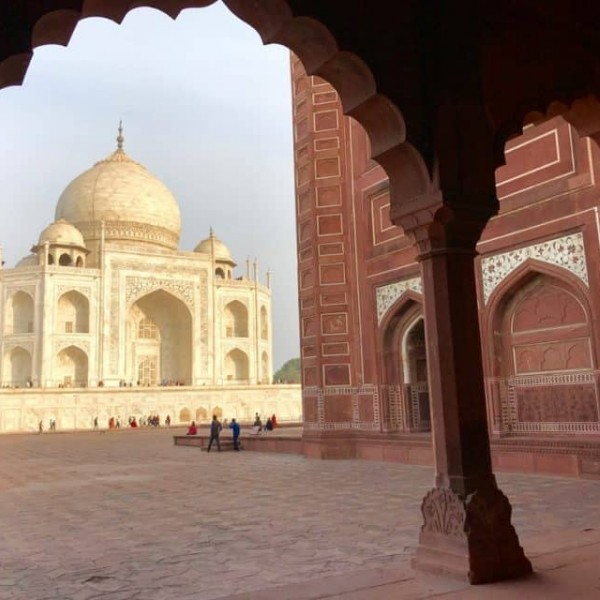 Taj Mahal, Tourist places in India, Tourist places in North India, Famous places in India, Tourist spots in India