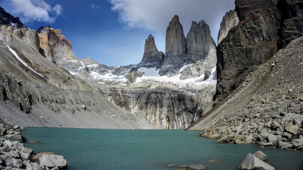 Chilean Food, Traditional Chilean Food, Chilean Empanadas, typical Chilean Food, Chilean Desserts, Torres de Paine