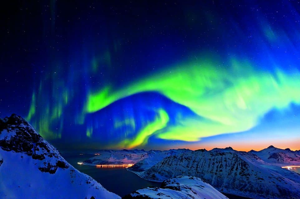 Northern Lights Holiday: Hurtigruten Cruise Guarantees You Will SEE Them!