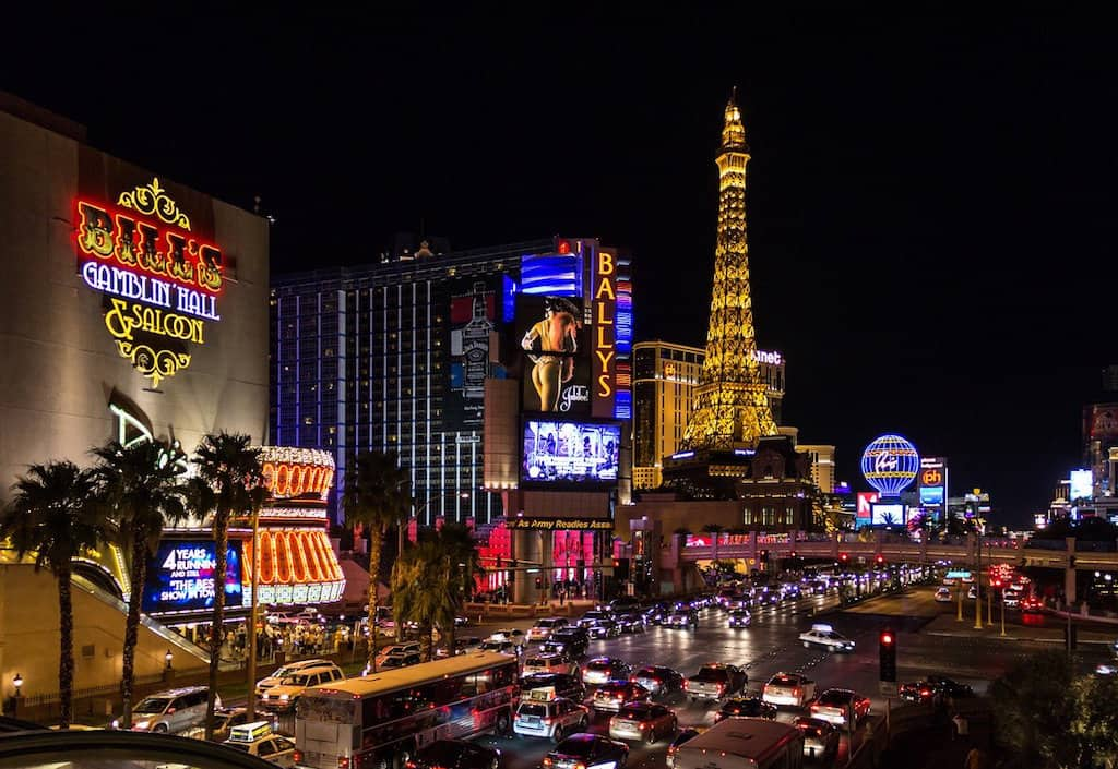 48 hours in Vegas, two days in Vegas, weekend in Vegas, Las Vegas itinerary, How to spend 2 days in Las Vegas, The ultimate weekend in Las Vegas, #LasVegas #Nevada #Gambling