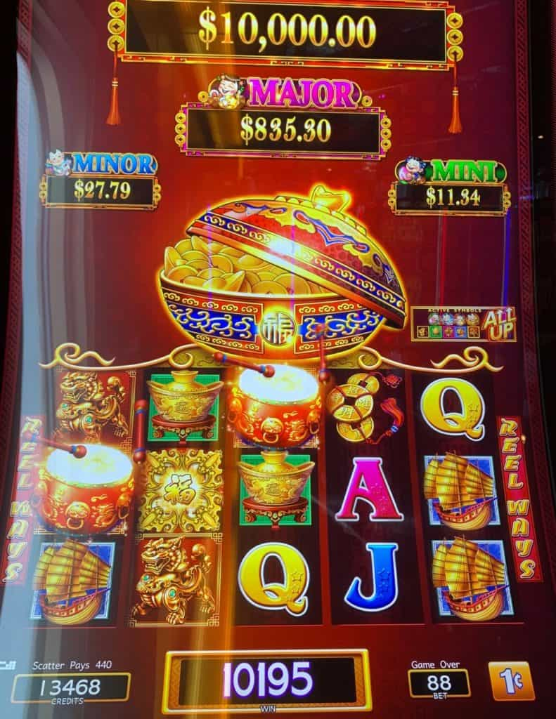 Slot machine, South Pacific Cruise, South Pacific Island Cruise, Pacific Cruises