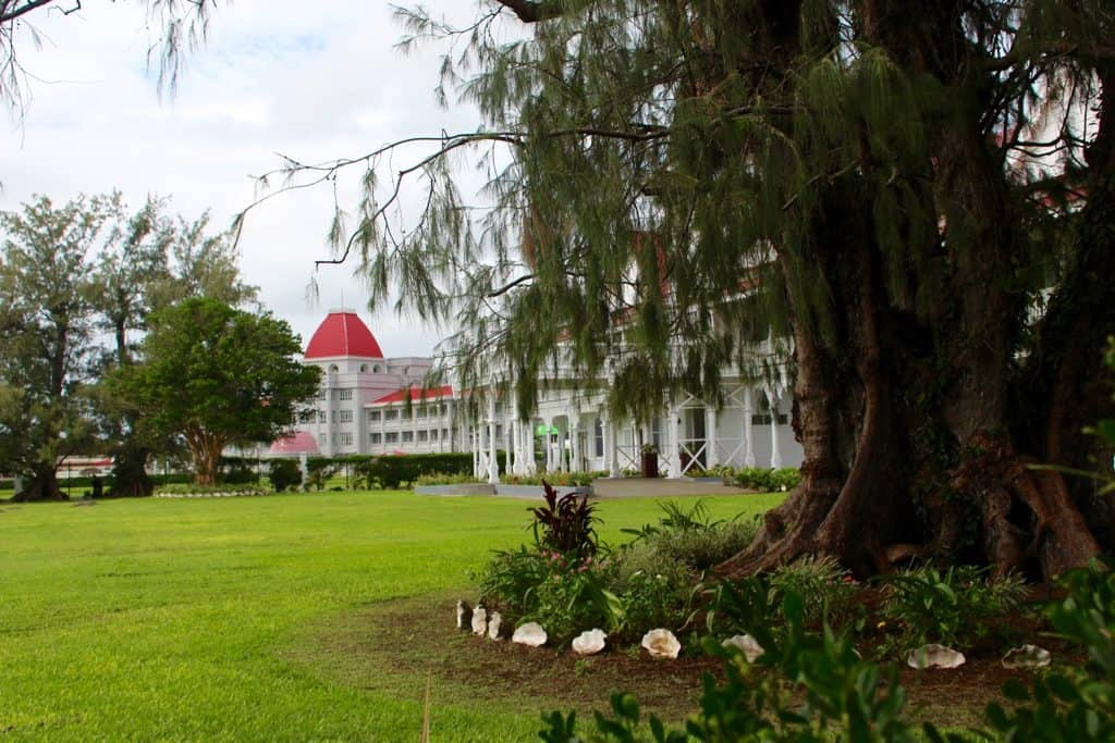 Nuku'alofa is where the Royal Palace is.