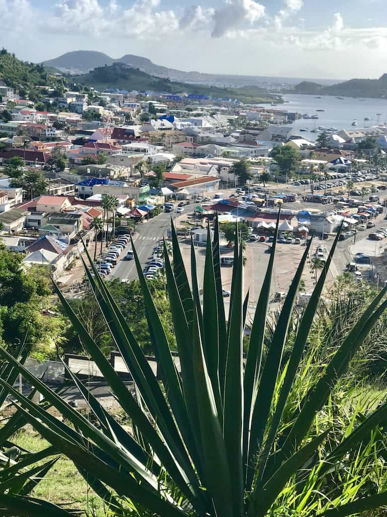The Ultimate St. Maarten/St. Martin travel guide: everything you need to know before visiting St Maarten. Here are all the can't miss things to do, see, eat, and explore on your visit to St Maarten. You will fall in love with The Friendly Island! #stmaarten #stmartin | What to do in St Maarten | Best things to do in St Maarten | St Maarten Holiday | St Maarten Travel Guide | #StMartin #StMaarten #Caribbean