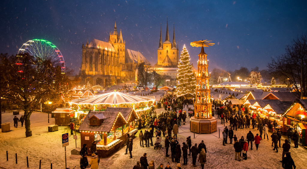 Best Christmas Markets in Germany, German Christmas market, German Christmas Markets, Christmas in Germany, the ultimate guide to the best Christmas Markets in Germany, German market, Munich Christmas Markets, German Christmas decorations, Best Christmas Markets in Germany, Frankfurt Christmas Market, German Holidays, Christmas markets Europe, #Germany #Christmas #Market