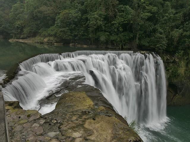 Waterfalls in Taiwan. Shifen waterfall, Shifen, Wulai taiwan, Shifen Taiwan, Wulai, Golden Waterfall