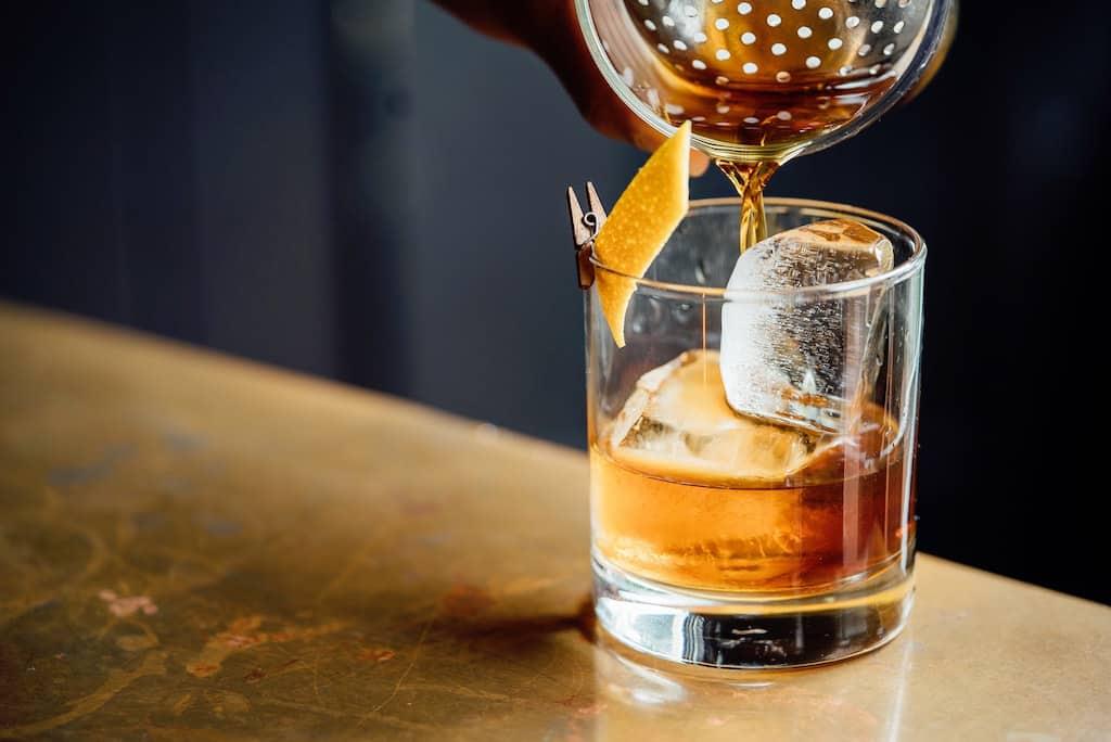 Cuban drinks, Cuban cocktails, Cuban alcoholic drinks, cuban drinks non alcoholic, classic cuban cocktails, cuban liquor, Cuban cigars, cuba cigars,#Cuba #Cuban #drinks #cocktails