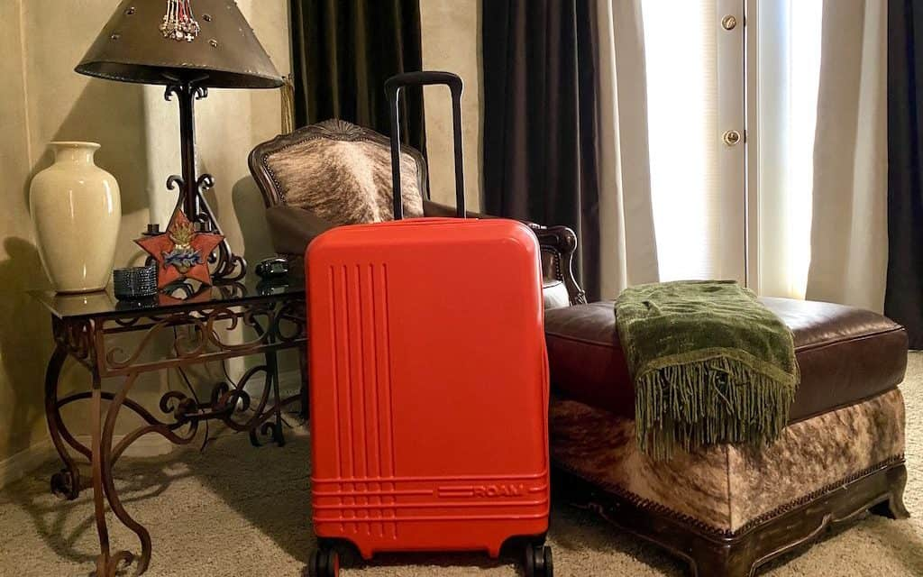 Customizable Luggage called ROAM