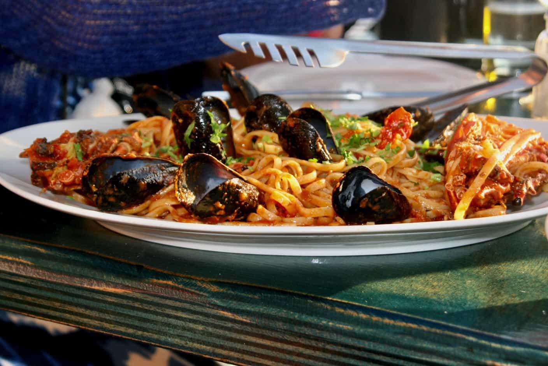 Greek pasta dish, Greek traditional food, Greeks foods, Greek food dishes