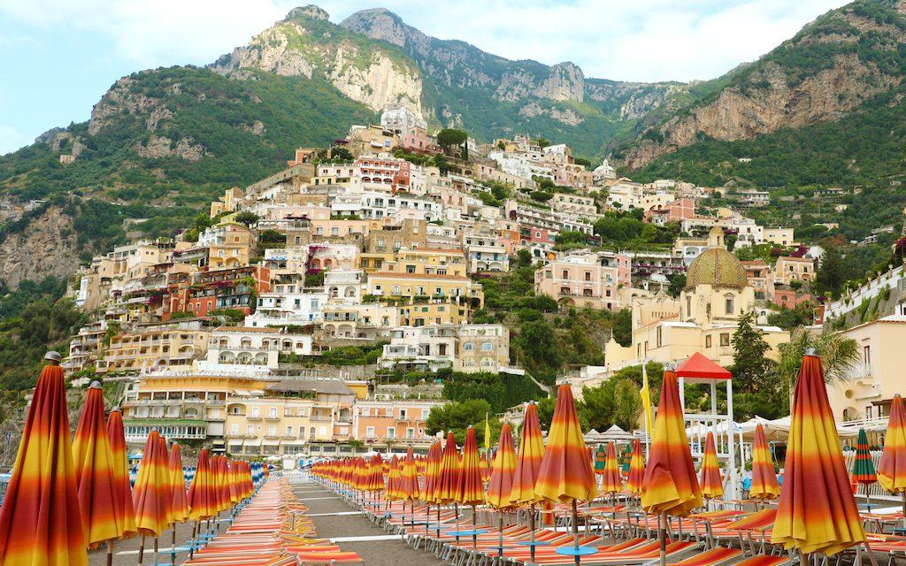 Positano restaurants, Positano Italy, Positano Italian, Positano in Italy, Positano Italia #Positano #Italy