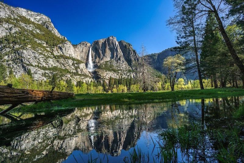 Yosemite National Park reflection