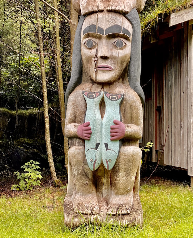 Fog Woman totem Pole with fish