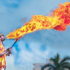 Fire breathing man, Winter in Jamaica