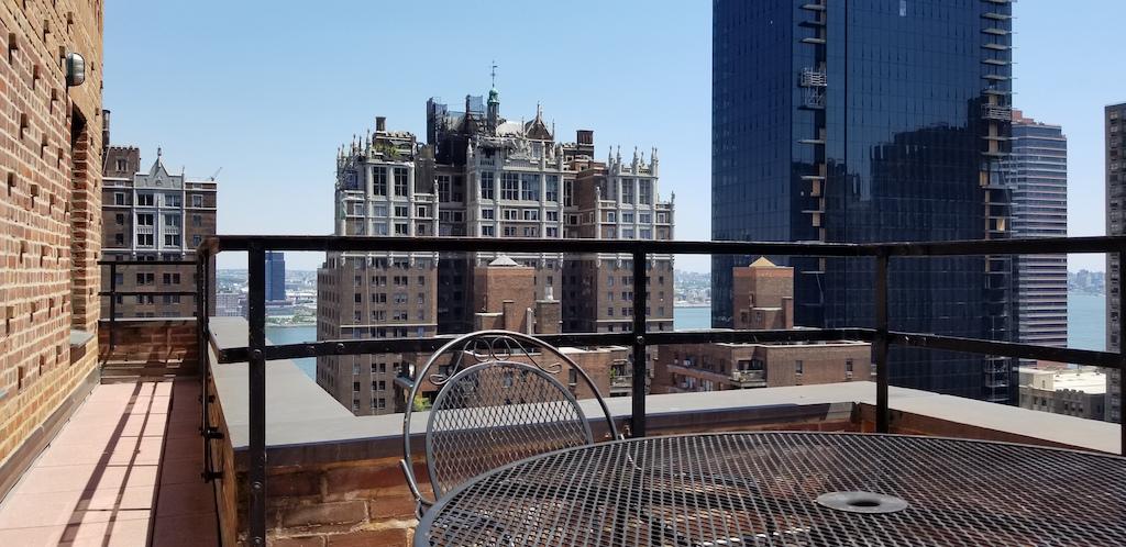 NYC_Balcony View, Soho